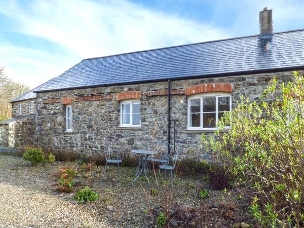 MILL HOUSE COTTAGE, semi-detached, all ground floor, woodburner, WiFi, parking, in Solva, Ref 921421 - Image 1 - Solva - rentals