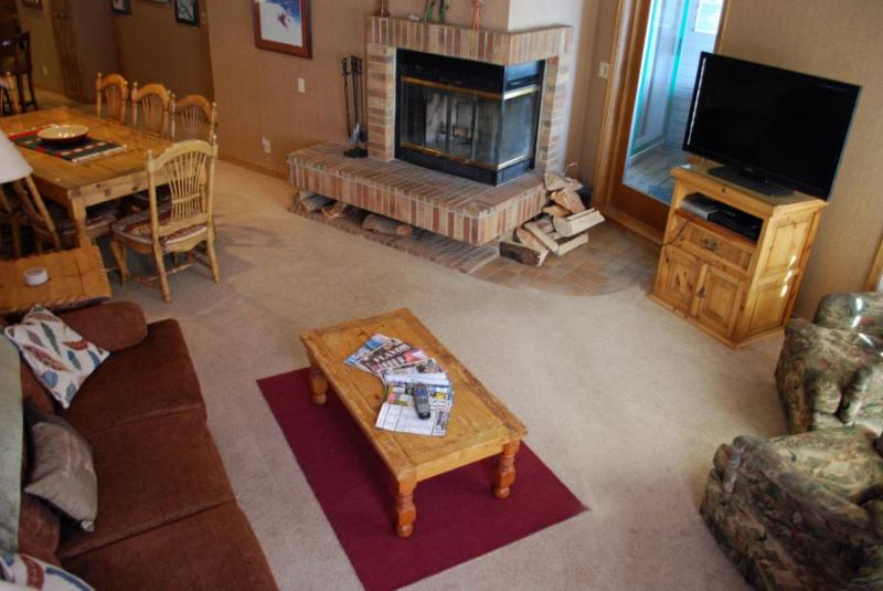 Living room is open to dining room and kitchen-great entertaining space - Slopeside Penthouse – Eolus #721 - Durango - rentals