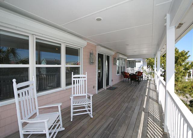 Fiddler's Green - Lovely oceanview home where vacation memories can be made - Image 1 - Kure Beach - rentals