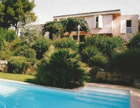 Holiday rental Villas Ventabren (Bouches-du-Rhône), 250 m², 3 250 € - Image 1 - Ventabren - rentals