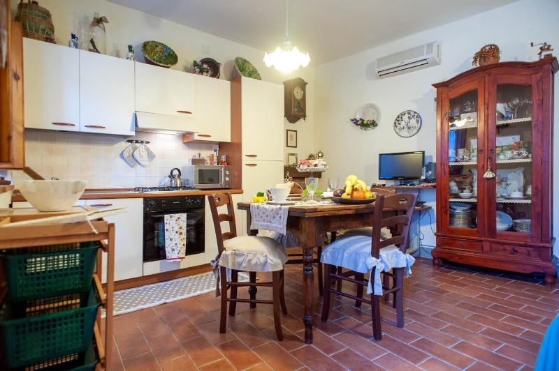 Vacation Rental at Appartamenti la Rocca in Tuscany - Image 1 - Palaia - rentals