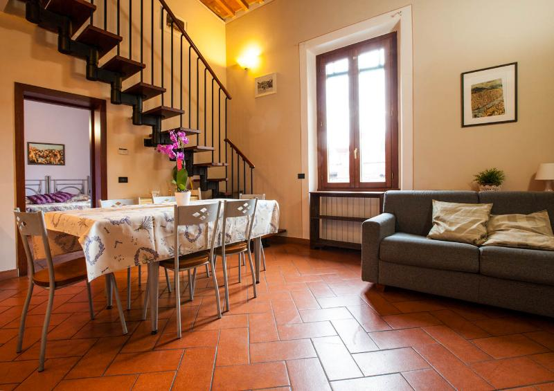 Apt F San Frediano in Florence - Image 1 - Florence - rentals