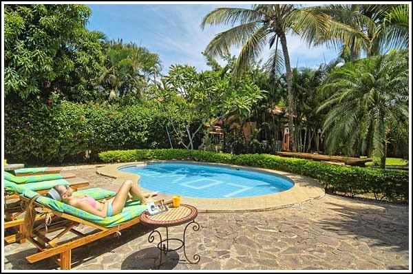 Relax by our LOVE pool! - The Breeze Annex-Fabulous Tropics Home (sleeps 15) - Tamarindo - rentals