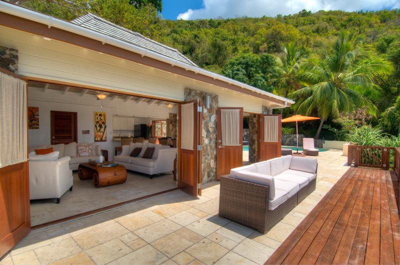 Turtle Bay House, Nail Bay (Owner Rep) - Image 1 - Gorda Peak National Park - rentals