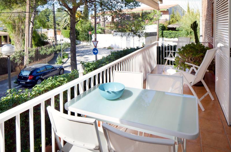 BLANC SUBUR · Minimalist Design Apartment - Image 1 - Sitges - rentals