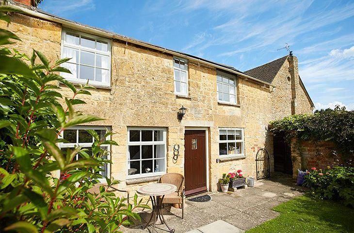 Vine Cottage - Image 1 - Chipping Campden - rentals