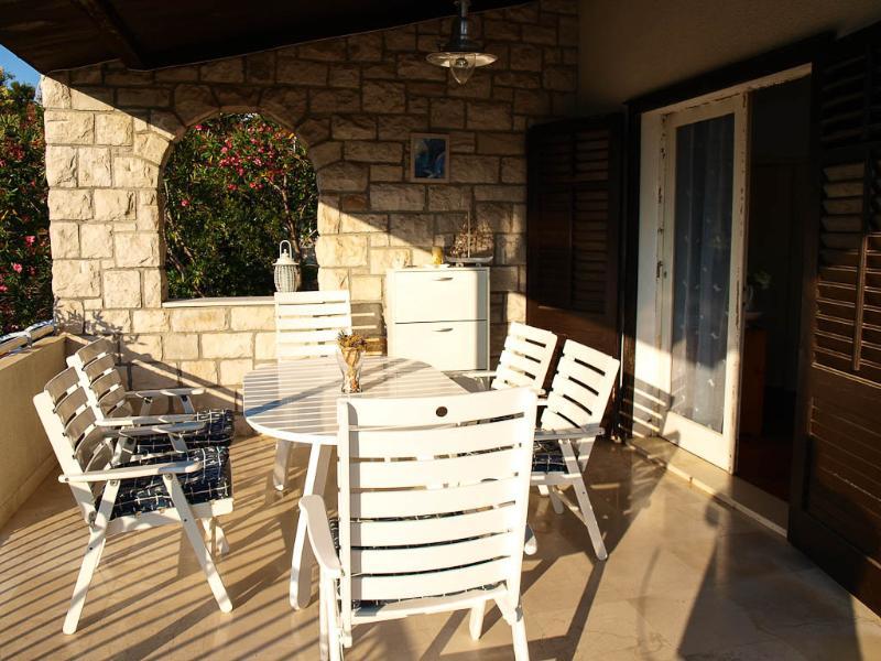 H(4+2): terrace - 5817  H(4+2) - Postira - Postira - rentals