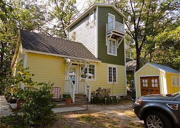 Charming Beachwalk Resort Cottage - MANATEES RETREAT Beachwalk Resort + Golf Cart - Michigan City - rentals