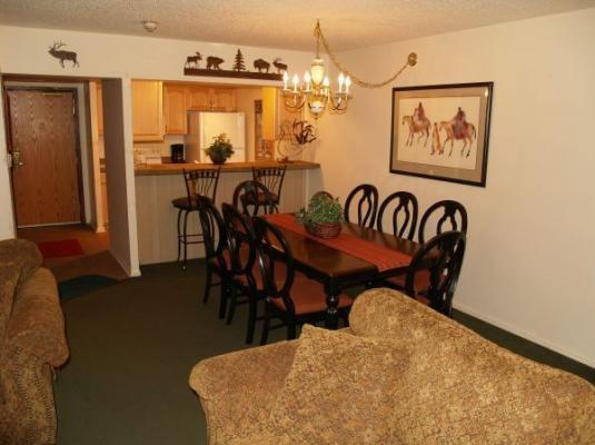 Copper Mountain Colorado vacation rental lodging, condos and homes now available at http//gondolaresorts.com at discount prices. - Copper_CoppMtnInn_CM316S - Copper Mountain - rentals