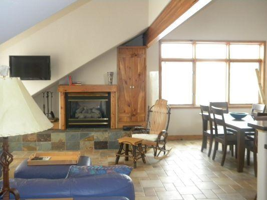 A great location in the heart of Summit County Colorado - 401 Creekside Townhome - Silverthorne - rentals