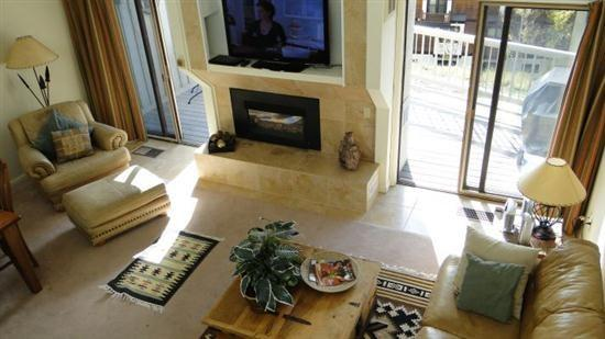 A great location in the heart of Steamboat Springs Colorado - Steamboat Springs: 3 bed 2 bath sleeps 9. From $235/nt. - Steamboat Springs - rentals