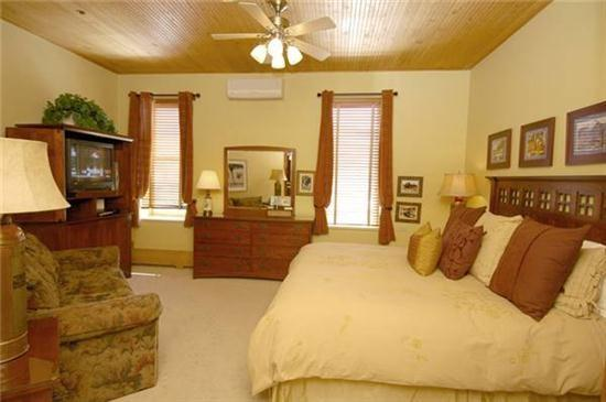 Convenient Aspen Colorado vacation rental at Independence Square - Independence 308 - Aspen - rentals