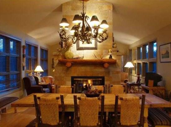 Dining Room with fireplace - Keystone CO | 41 PotentillaKeystone CO - Keystone - rentals