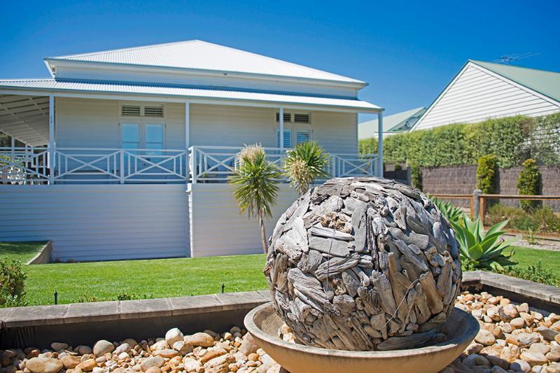 Art House - Image 1 - Sorrento - rentals
