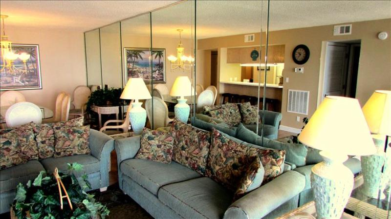 Magnificent 3 Bedroom Condo with Pool at Gulf Gate - Image 1 - Panama City Beach - rentals