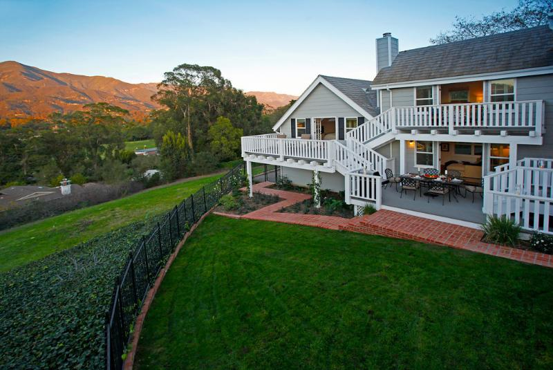 Every sunset is spectacular at Cold Springs Retreat - Town & Country - Montecito - rentals