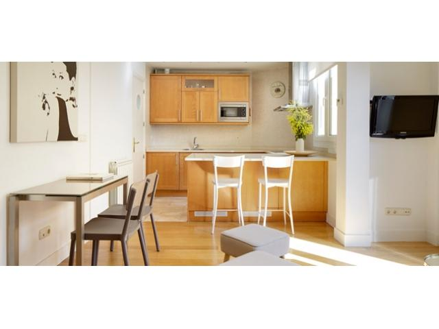 Moneo | Quiet apartment, next to beach and the old town - Image 1 - San Sebastian - Donostia - rentals