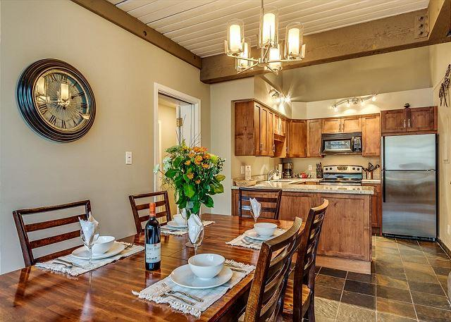 Dining - Greystone Lodge Largest Renovated 2 Bedroom + Loft W/D A/C | Acer Vacations - Whistler - rentals