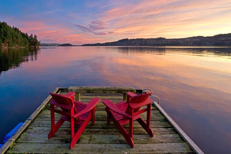 pull up a chair and enjoy the show - A perfect west coast getaway - Trip Advisor - Sechelt - rentals