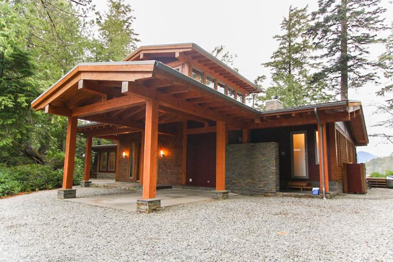 Main Entrance - CoastalView House, Tofino BC - Tofino - rentals