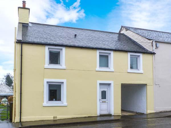 PEND HOUSE, semi-detached cottage, woodburner, WiFi, near good walking, cycling and fishing, in Kirkcowan, near Newton Stewart, Ref 919754 - Image 1 - Newton Stewart - rentals