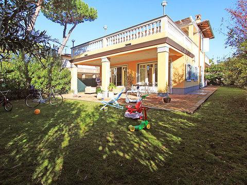 Villa Torri Grande ~ RA33907 - Image 1 - Forte Dei Marmi - rentals