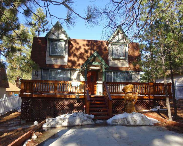 Hillcrest Hideaway - Image 1 - City of Big Bear Lake - rentals