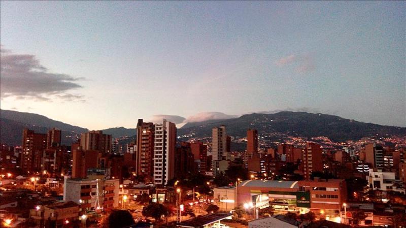 Suites in a Laureles Penthouse 0002 - Image 1 - Medellin - rentals