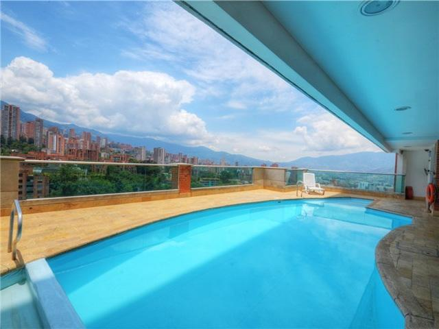 2 Bedroom w/Pool Near Parque Lleras 0057 - Image 1 - Medellin - rentals