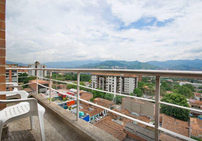 Parque Lleras Loft 0207 - Image 1 - Medellin - rentals