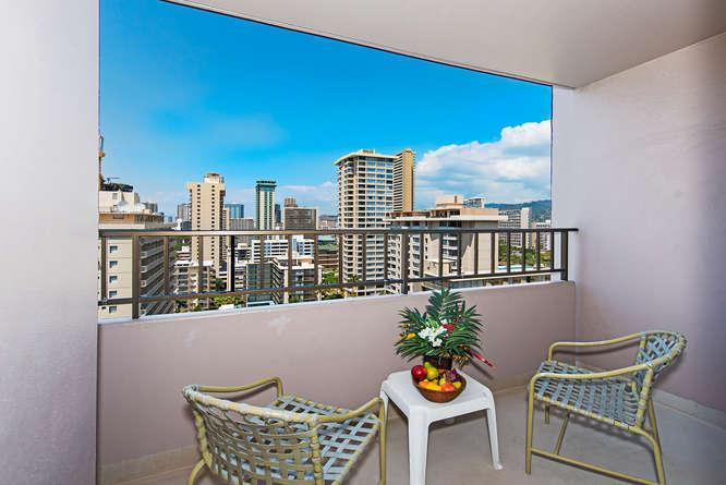 Large Private Lanai on 17th Floor - Royal Kuhio 1714 - Honolulu - rentals