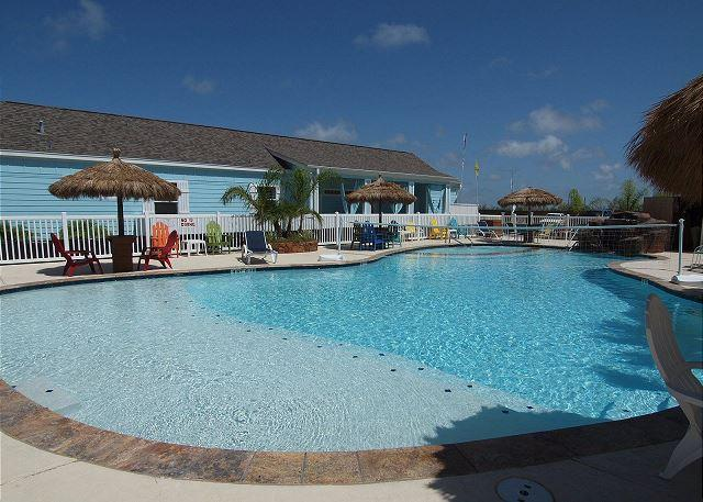 Pirate Bay Pool - Captain Jack Sparrows, 3/3, Pool, Pirates Bay, Pet Friendly - Port Aransas - rentals