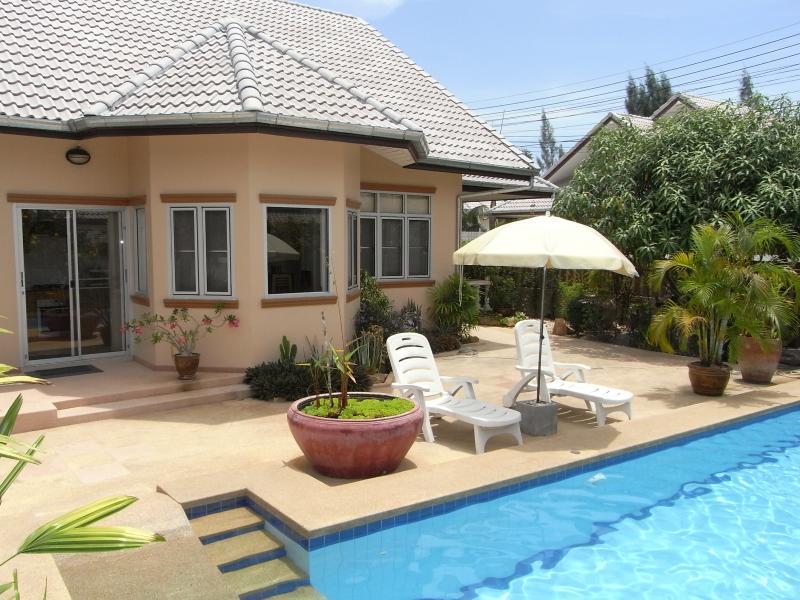 Pool terrace - Raya Villa - Pool Villa in Hua Hin Thailand - Hua Hin - rentals
