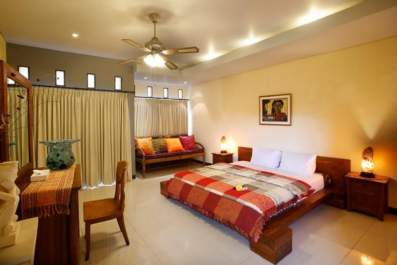 Bedroom #1 with stone en suite  - HIDDEN GARDEN VILLA #2  Safe & Secure with us - Denpasar - rentals