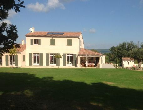 Holiday rental Villas Aix En Provence (Bouches-du-Rhône), 240 m², 4 500 € - Image 1 - Aix-en-Provence - rentals