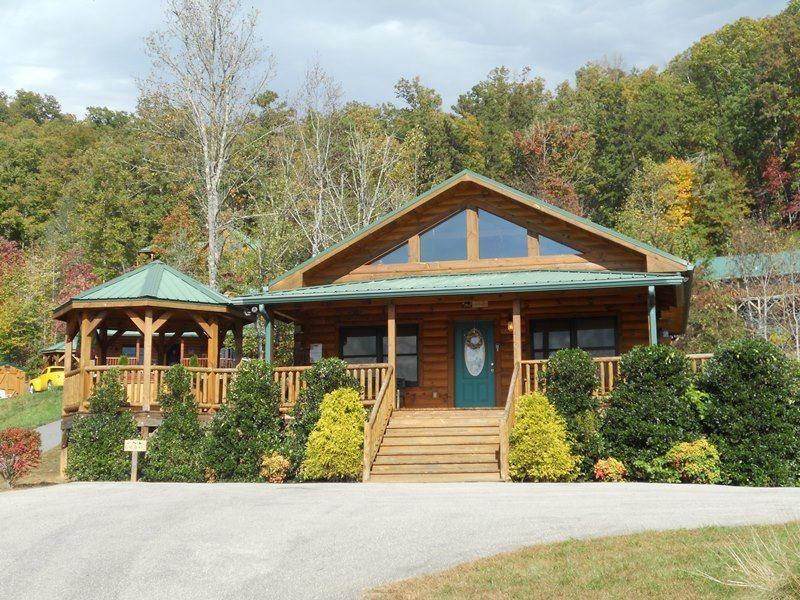 Native Winds Cabin -- Romantic Log Cabin with a Fireplace in the Bedroom, Hot Tub, View, and Wi-Fi - Only 10 Minutes from Harrahs Casino - Image 1 - Whittier - rentals
