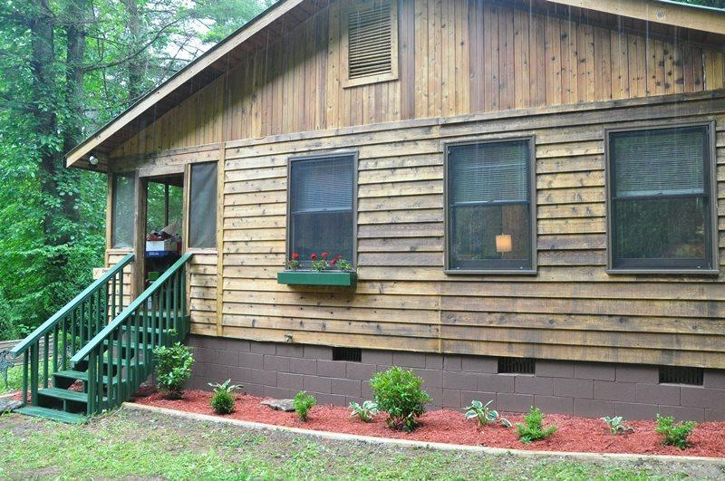 Dragonfly Cabin - Enjoy the Waterfall Off the Deck and Hike on 23 Private Acres - Image 1 - Bryson City - rentals