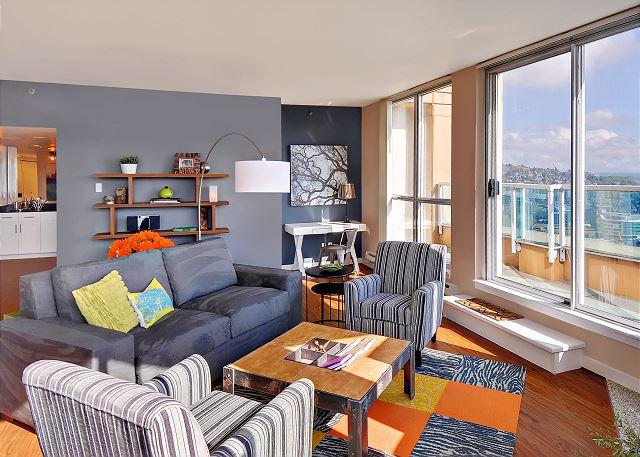Belltown star! This luxurious penthouse apartment steals the show! - Image 1 - Seattle - rentals
