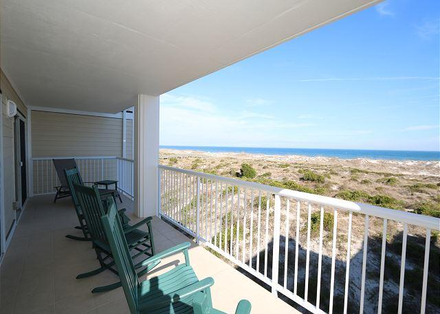 Wrightsville Dunes 2D-E - Oceanfront condo with community pool, tennis, beach - Image 1 - Wrightsville Beach - rentals