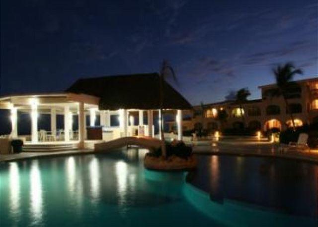 Xaman Ha Playa del Carmen - Oceanfront with pool 2 bedroom in Xaman Ha (XH7018) - Playa del Carmen - rentals