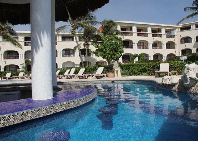 Xaman Ha - NIce! Oceanfront with pool 3 bedroom in Xaman Ha (XH7010) - Playa del Carmen - rentals