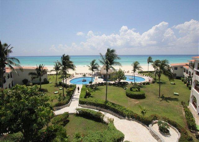 The view from the Xaman Ha 7208 condo - Oceanfront Center Penthouse with pool 2 bedroom in Xaman Ha (Xh7208) - Playa del Carmen - rentals