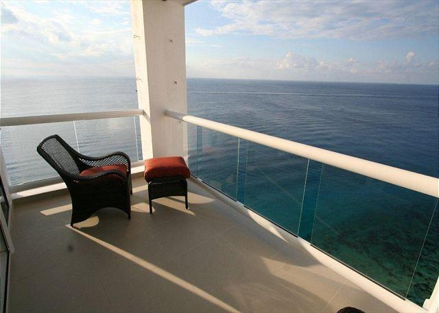 View from Peninsula Grand 12A - Oceanfront with pool 3 bedroom in Peninsula Grand (PG12A) - Cozumel - rentals