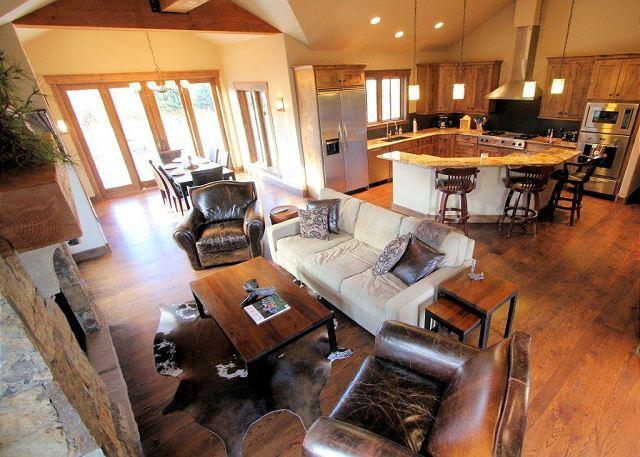 Living Dining and Kitchen - 4 bedroom luxury home on the river in Breckenridge Colorado - Breckenridge - rentals