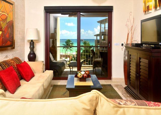 El Faro Coral 301 Interior - Caribbean Views!!! 2 Bedroom El Faro Condo (EFC301) - Playa del Carmen - rentals