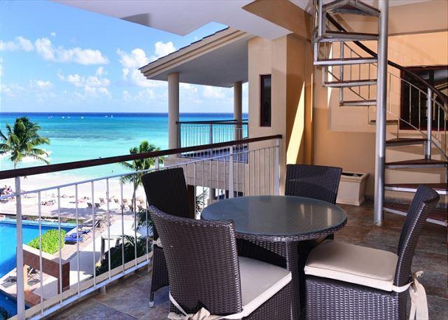 El Faro Reef 402 Terrace & Balcony - 2 Bdrm Beachfront w Gorgeous Rooftop Terrace (EFR402) - Playa del Carmen - rentals