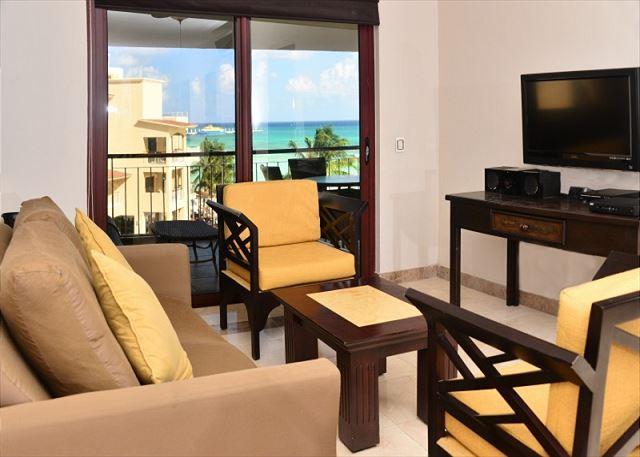 El Faro Reef 402 Interior - 2 Bdrm Beachfront w Gorgeous Rooftop Terrace (EFR402) - Playa del Carmen - rentals