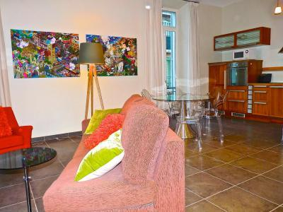The living area looking toward the Dining area - Meynadier Port 2 Bedroom Apartment Rental in Cannes - Cannes - rentals