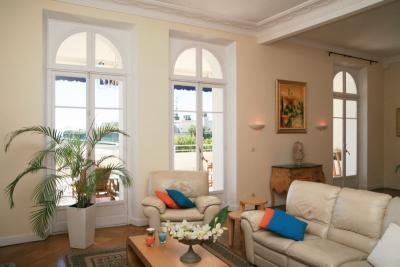 VIP Apartment with a Terrace, in Cannes - Image 1 - Cannes - rentals
