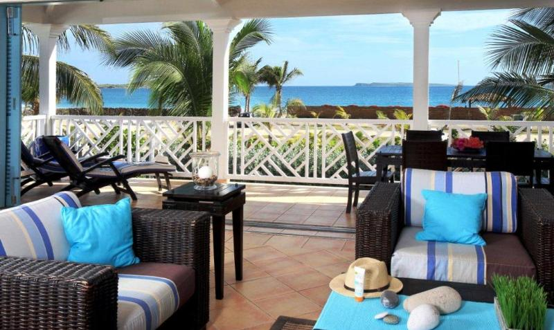 Manon, Caribbean Princess C3, Orient Beach St Martin - MANON at CARIBBEAN PRINCESS C3...lovely beachfront condo with ocean views & 2 equal king bedrooms w/ en-suite baths, perfect for 2 couples! - Orient Bay - rentals